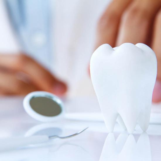 Parodontose / Parodontitis Behandlung: CMK Zahnarztpraxis Berlin-Mitte